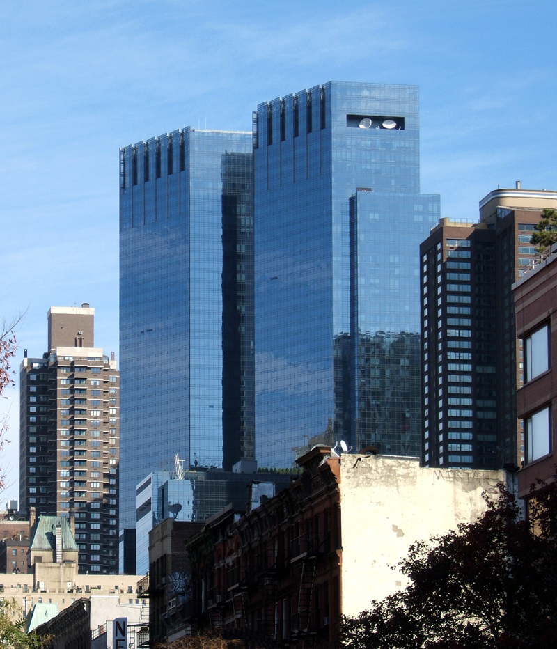 Warner Center Apartments: Time Warner Center South Tower