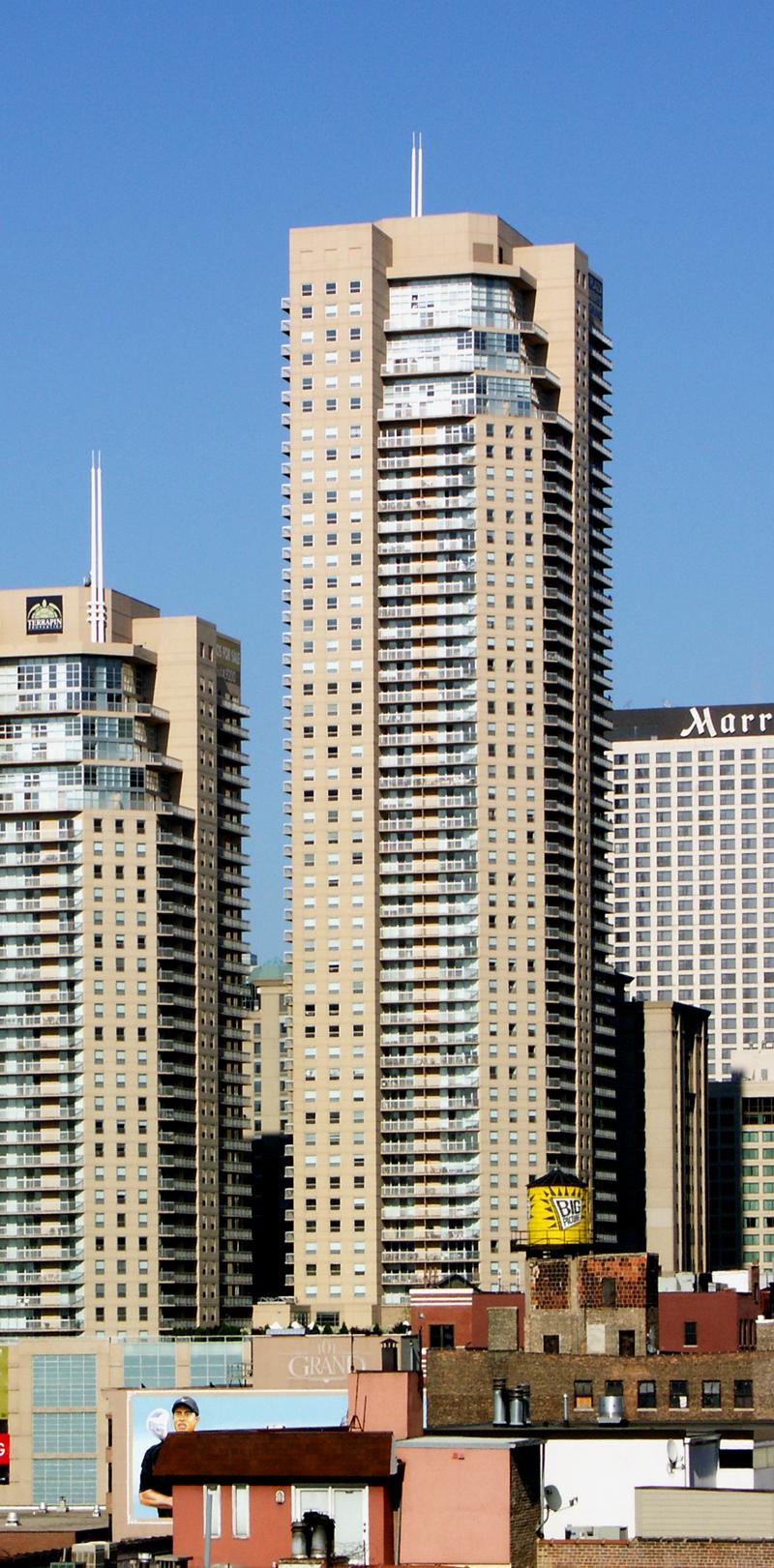 Grand Plaza Apartments The Skyscraper Center
