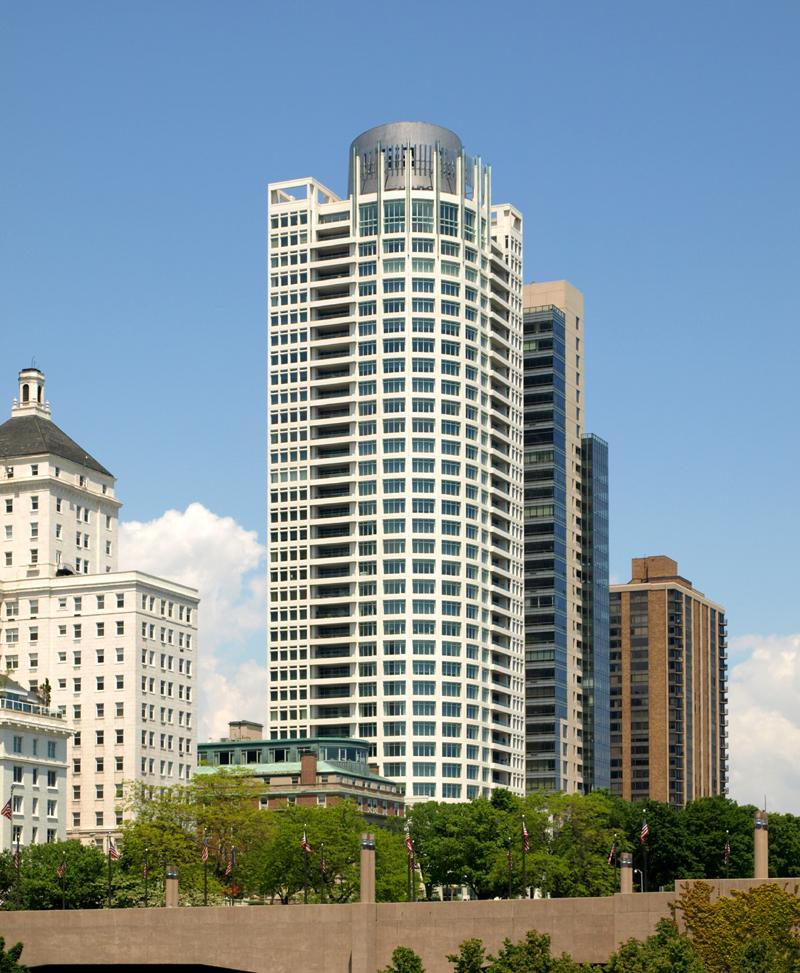 University Club Apartments: The Skyscraper Center
