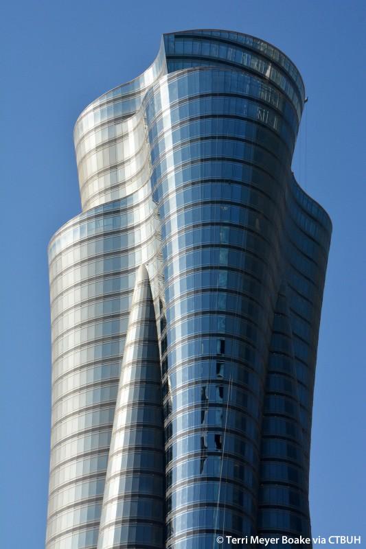Qatar international islamic bank headquarters tower the for Architecture companies qatar