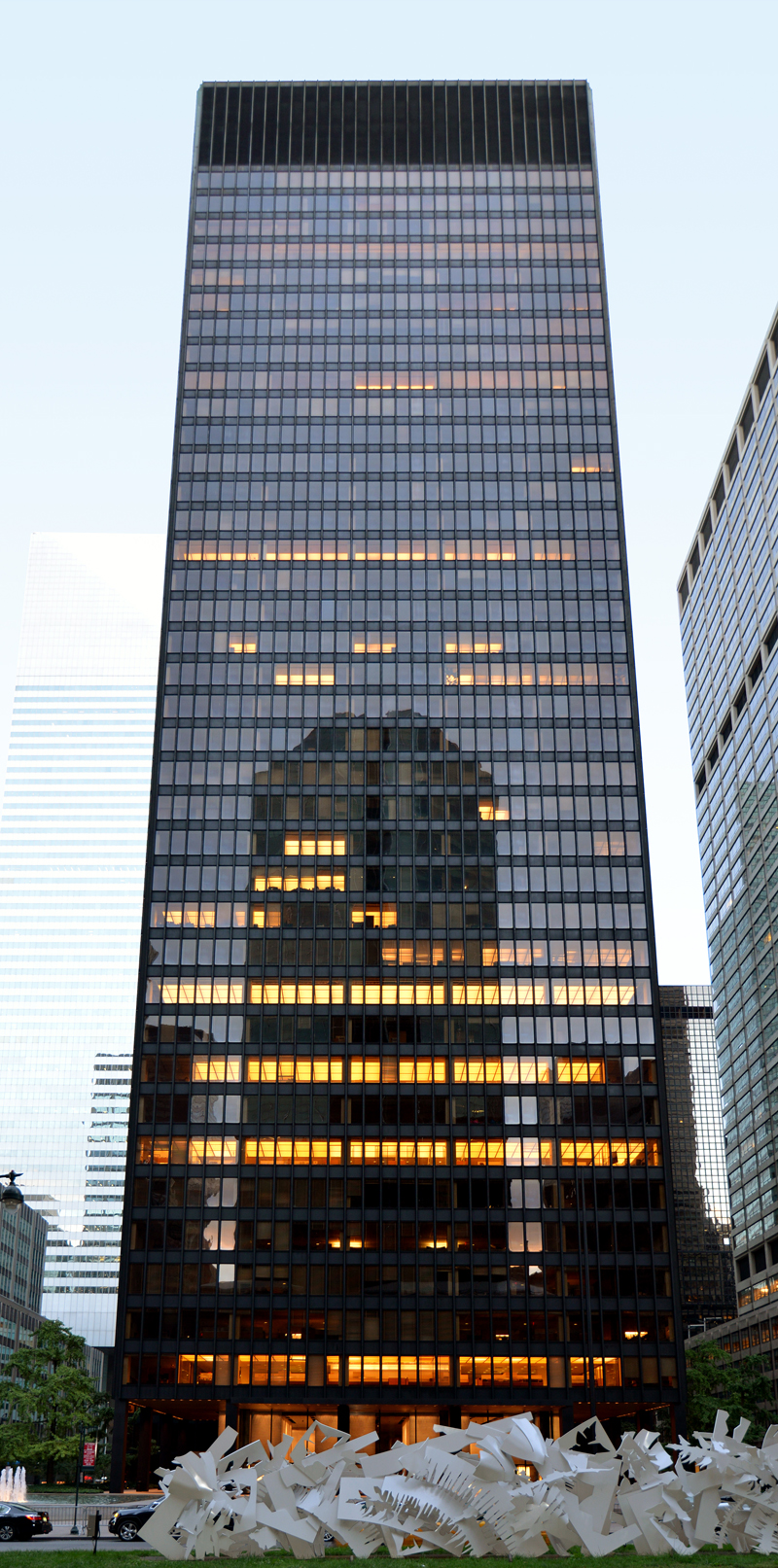 seagram building Architecture[edit] this structure, and the international style in which it was built had enormous influences on american architecture one of the style's.