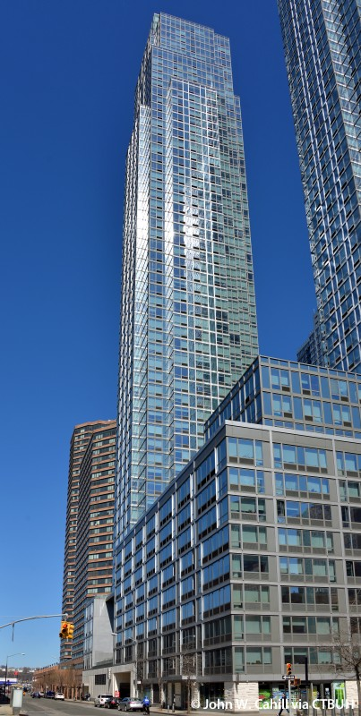 Silver Towers West - The Skyscraper Center